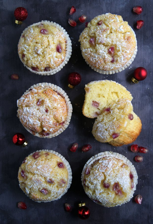 MUFFIN ALLO YOGURT E MELAGRANA